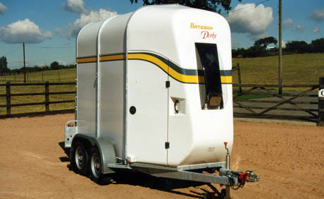 Bateson Horsebox Trailers
