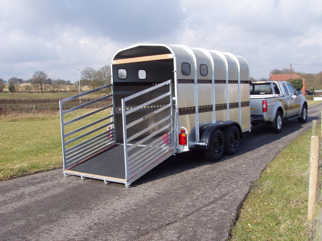 Bateson Livestock Trailers